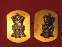 GREEN HOWARDS YORKSHIRE REGIMENT MILITARY COLLAR BADGES
