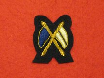 MESS DRESS CROSSED FLAGS GOLD ON BLACK BADGE