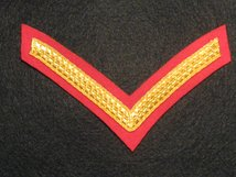 NUMBER 1 DRESS 1 BAR LCPL CHEVRON GOLD ON SCARLET RED